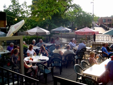 The Contented Cow Patio